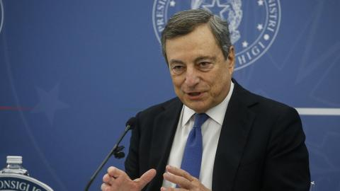 Italiens premiärminister Mario Draghi. Bild: Fabio Frustaci/AP/TT